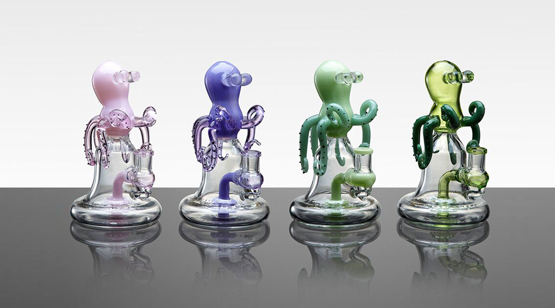 WPC734 Glass Pipes 1
