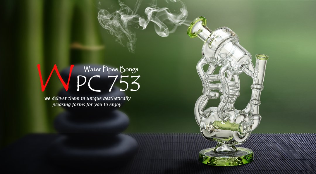 WPC753 Glass Bong 1